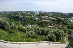 Staden av Kamyanets-Podilsky i Ukraina Arkivfoto