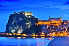 Staden av Scilla i landskapet av Reggio Calabria, Italien Royaltyfri Bild