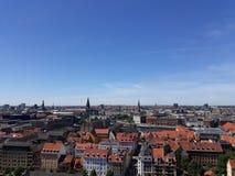 Staden från på höjdpunkt arkivbilder