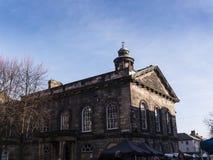 Staden och militärmuseet, en detalj av den fina arkitekturen i Lancaster England i mitten av staden royaltyfria bilder