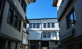 Staden Ohrid - gamla hus Royaltyfria Bilder