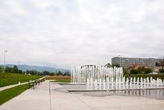 Staden parkerar med springbrunnen Royaltyfri Foto