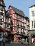 Stadfyrkant på den Bernkastel Tyskland Arkivbilder