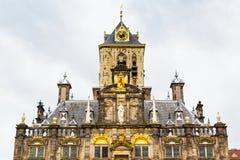 Stadhuis eller stadshusdetaljsikt i delftfajans, Holland Fotografering för Bildbyråer