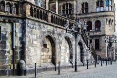 Stadhuis en Salvator-kerk - Duisburg - Duitsland Royalty-vrije Stock Foto's