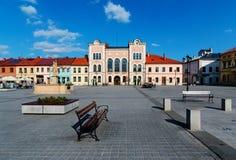 Stadhuis in het centrale vierkant van Zywiec royalty-vrije stock foto