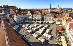 Stadhuisvierkant in de oude stad van Tallinn, Estland op 26 Juli, Stock Foto