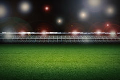 Stadio con il campo di calcio Fotografie Stock Libere da Diritti