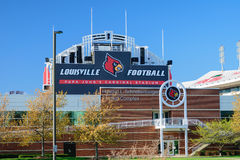 Stadio di football americano di UofL immagine stock