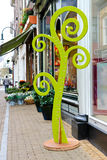Stadiometer - nahe Speicherblume des Baums Lizenzfreie Stockfotografie