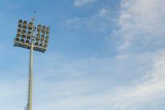 Stadion-Leuchten Stockfotos