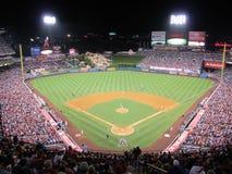 Stadionljus på en basebollarena Royaltyfri Bild