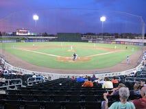 Stadionljus på en basebollarena Arkivfoton