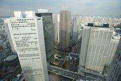 Stadsöverblick av Shinjuku, Tokyo, Japan Royaltyfri Bild