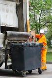 Stads- återvinningavfalls- och avskrädeservice Arkivbilder