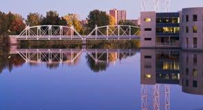 Stads- broar Arkivfoto