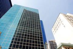 Stads- byggnader för hög stigning arkivfoton