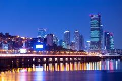 Stads- cityscape i Seoul fotografering för bildbyråer