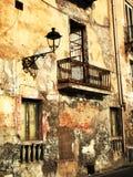 Stads- förfall i Taranto Arkivbild