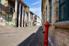 stads- grafittigata royaltyfri foto