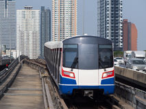 Stads- järnväg i Bangkok, Thailand Arkivfoton
