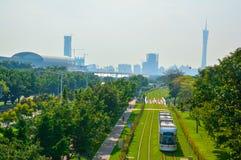 Stads- kollektivtrafikdesign för grönt miljöskydd Royaltyfri Fotografi