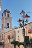 STADS- LANDSKAP I TEGGIANO, SÖDRA ITALIEN royaltyfria foton