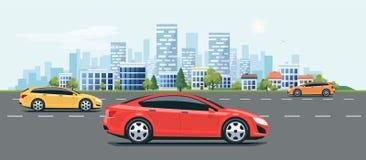 Stads- landskapgataväg med bilar och stadshorisontbakgrund vektor illustrationer