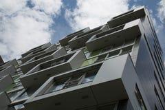 Stads- modern utveckling för arkitekturstadsfasad Arkivfoton
