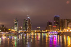 Stads- nattlandskap Arkivfoto