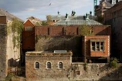 stads- nedskärning för byggnadsfabriksindustri Arkivfoto