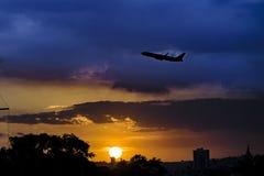 Stads- plats för solnedgång, Guayaquil, Ecuador Royaltyfria Foton