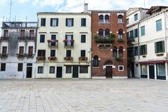 Stads- plats i Venedig Arkivfoto