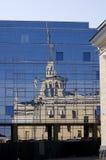 Stads- reflexion Arkivfoton