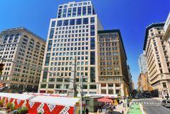 Stads- sikter av New York Gata, folk och turister på den Royaltyfria Bilder