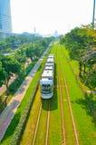 Stads- spårvagn och energi - besparing och miljöskydd Royaltyfri Fotografi