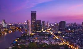 Stads- stadshorisont för natt, Bangkok, Thailand Arkivbilder