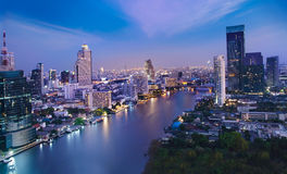 Stads- stadshorisont för natt, Bangkok, Thailand Arkivfoton