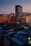 Stads- stadshorisont för natt, Ho Chi Minh City, Vietnam Arkivfoto