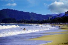 Stads- strand i Nha Trang Vietnam Arkivbilder