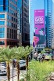Stads- streetscapes och byggnader i i stadens centrum Phoenix, AZ Arkivfoto