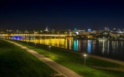 Stadsbro i natt Royaltyfria Foton