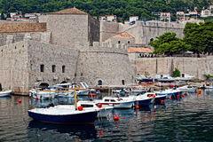 stadsdubrovnik gammal port Royaltyfri Foto
