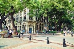 Stadsgatasikt i Guangzhou Kina arkivfoton