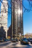 Stadsgebouwen op de straten van de dag van New York Stock Afbeeldingen