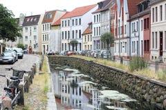 Stadsgracht in de oude stad van Wismar Royalty-vrije Stock Foto's