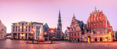StadsHall Square Riga gammal stad, Lettland Fotografering för Bildbyråer