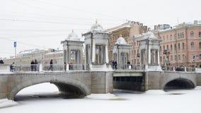 Stadshorisont i vinter Royaltyfri Foto