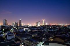 stadshorisont på natten Fotografering för Bildbyråer