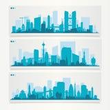 Stadshorisontsats med fabriker, raffinaderier, kraftverk etc. Arkivfoton